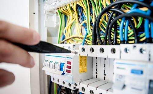 Electricité à Jeu-les-Bois